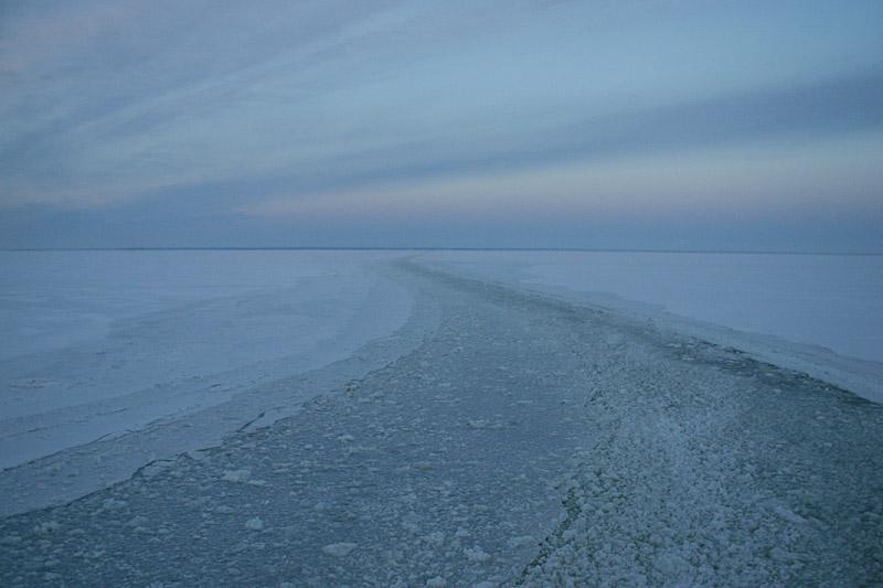 Baltic_Sea_ferry_2_es.jpg